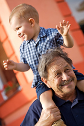 grandpa_w_kid_on_shoulders_60